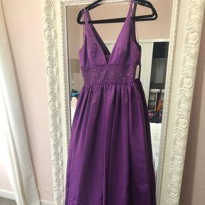 NWT Jessica Simpson beautiful purple Ballgown